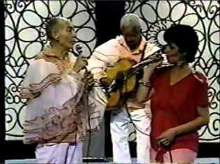 beatriz-cantando-c-su-papa-rene-marquez