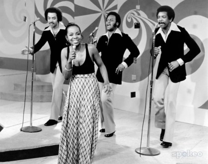 gladys-knight-and-the-pips-b-w