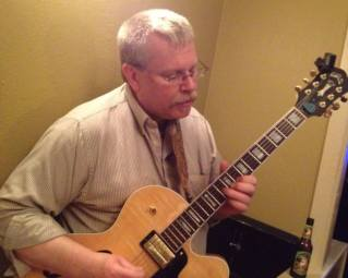 Brent Laidler w his guitar 3
