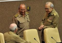 cuba-gobierno-raul-castro-nombra-al-general-cintra-frias-nuevo-ministro-de-fuerzas-armadas599x0
