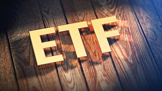 etf_stock-exchange_cube_422395831
