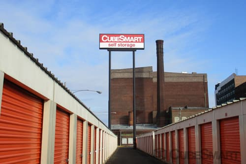 Selfstorage Units (from $64) At 456 North Christopher