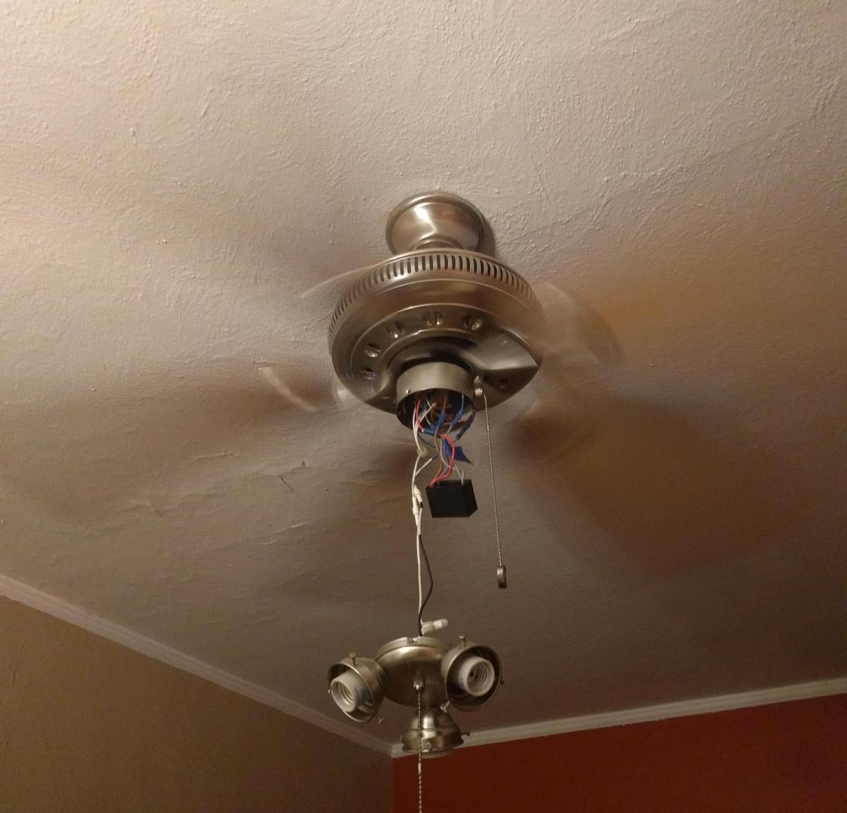 Ceiling Fan Spinning-01.jpg