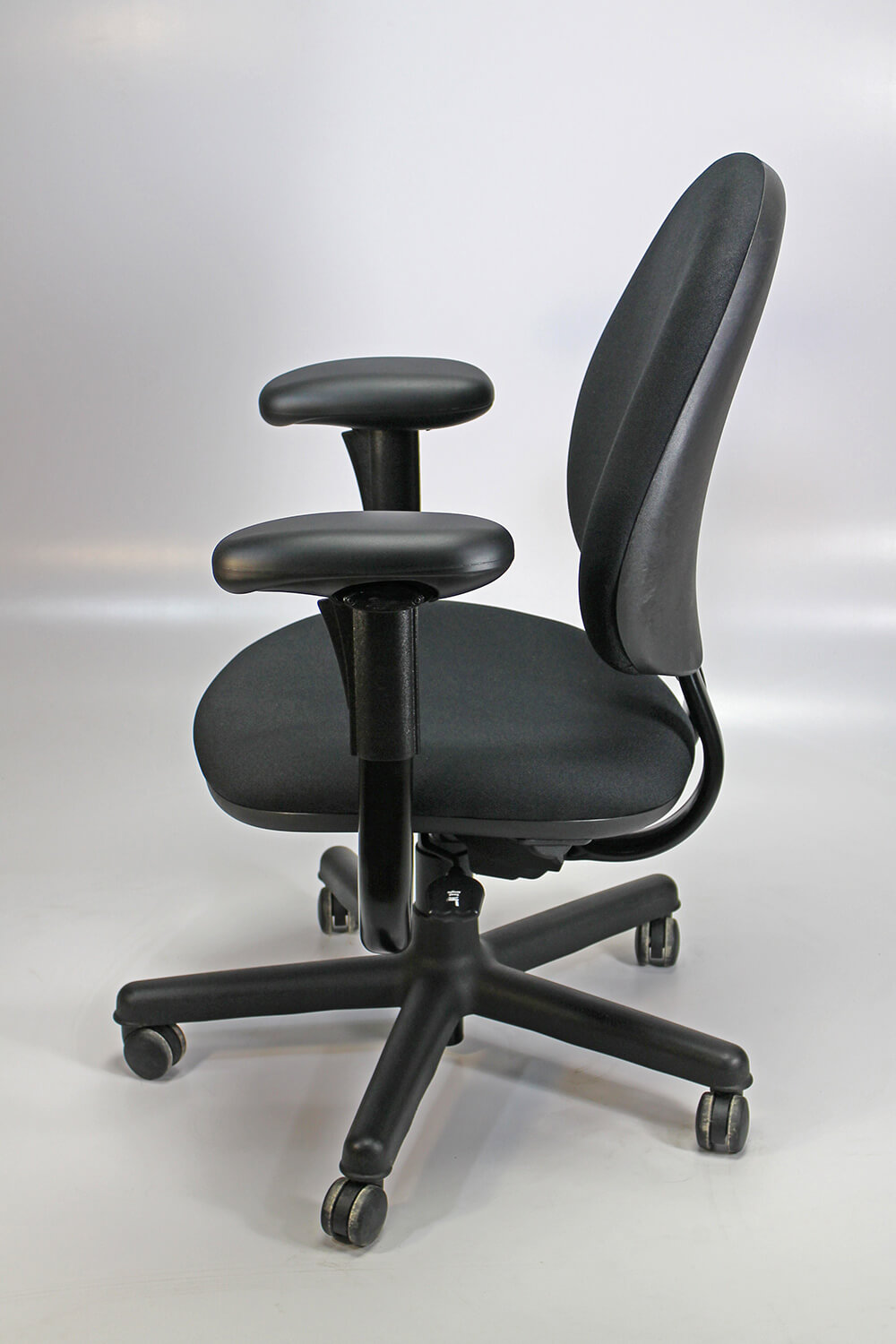 Steelcase Criterion Chair Steelcase Criterion Chair High Back Remanufactured