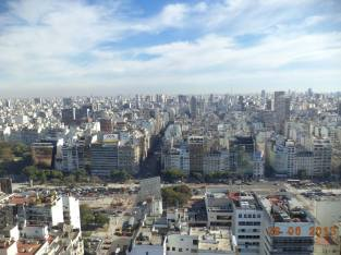 argentina-buenos-aires-by-carly-cutspec-busy-city