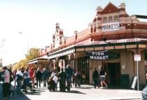 australia-perth-by-ciee-freo-market-2006