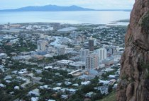 australia-townsville-by-kirstin-bebell-castle-hill-view-2012-6-e1386273837439