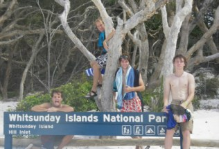 australia-wollongong-by-philip-pinson-whitsunday-islands-national-park-2006