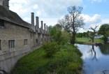 england-stamford-by-hannah-farrar-walking-around-town-2014