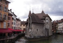 france-annecy-by-sarah-westmoreland-untitled-15-2013