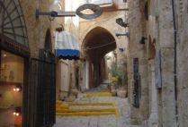 israel-tel-aviv-by-sarah-westmoreland-alleyway-2010