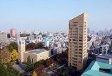japan-tokyo-by-waseda-university-campus-in-fall-2