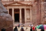 jordan-petra-by-christopher-hovey-treasury-with-people-20041
