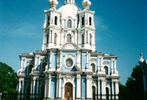 russia-st-petersburg-by-ciee-st-petersburg-cathedral-of-smolnyi-monestary-2006