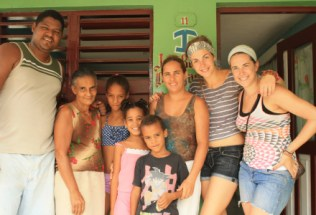 cubags_by-martha-obermiller-baracoa-family-summer-2011