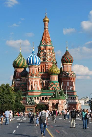 russia-moscow-church-near-the-kremlin-photo-by-adam-severson-2009-jpg