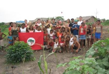 brazil-sao-paolo-by-becca-bredehoft-sit-students-with-a-community-organization-2005