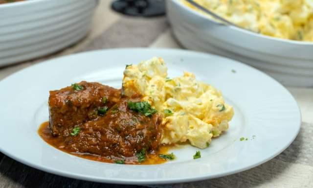 Carne Cozida com Salada de Batata