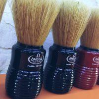 Brochas de afeitar Omega en pelo de cerda