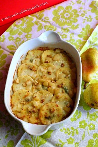 Gnocchi di semolino e prosciutto con pere gorgonzola e noci