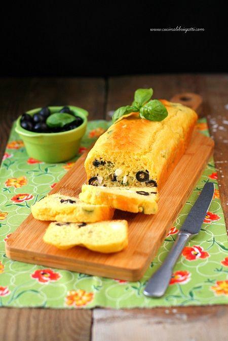 plumcake alle olive e feta