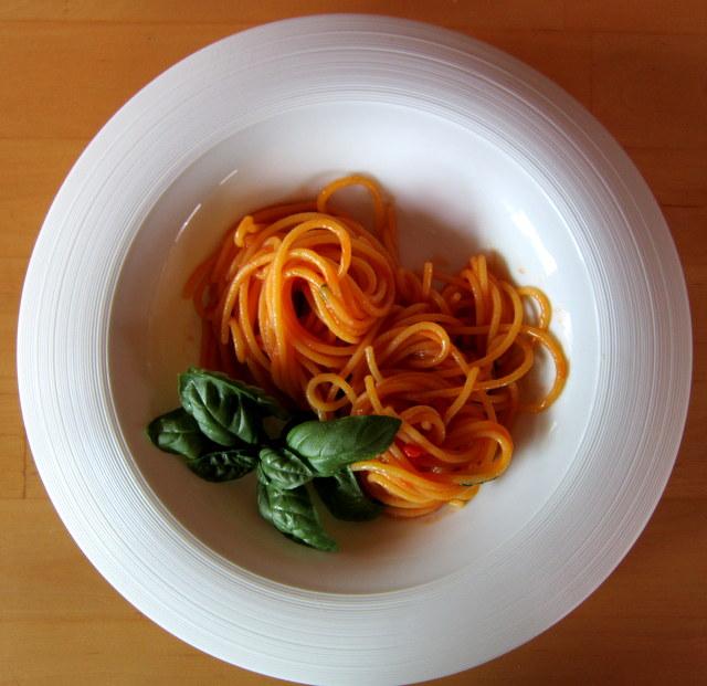Pasta risottata senza glutine, al pomodoro e basilico