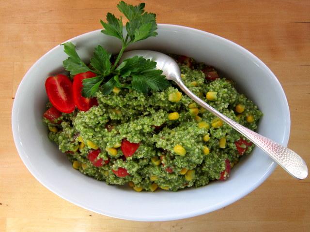 Quinoa in salsa verde, sorprendente e creativa