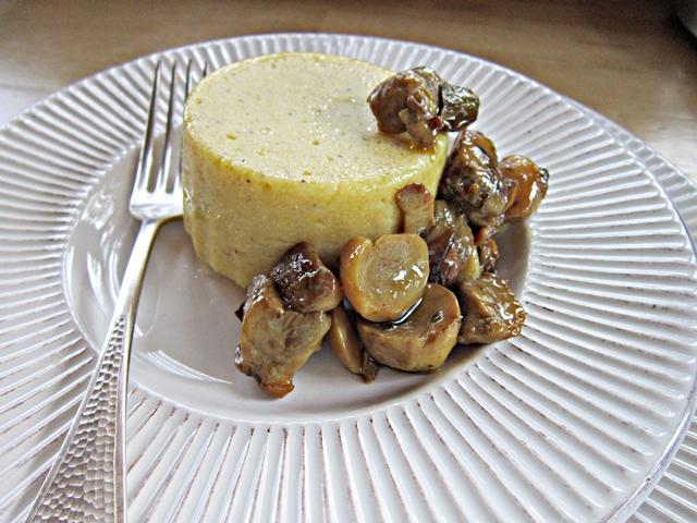 Polenta farcita con crema di tartufo nero estivo
