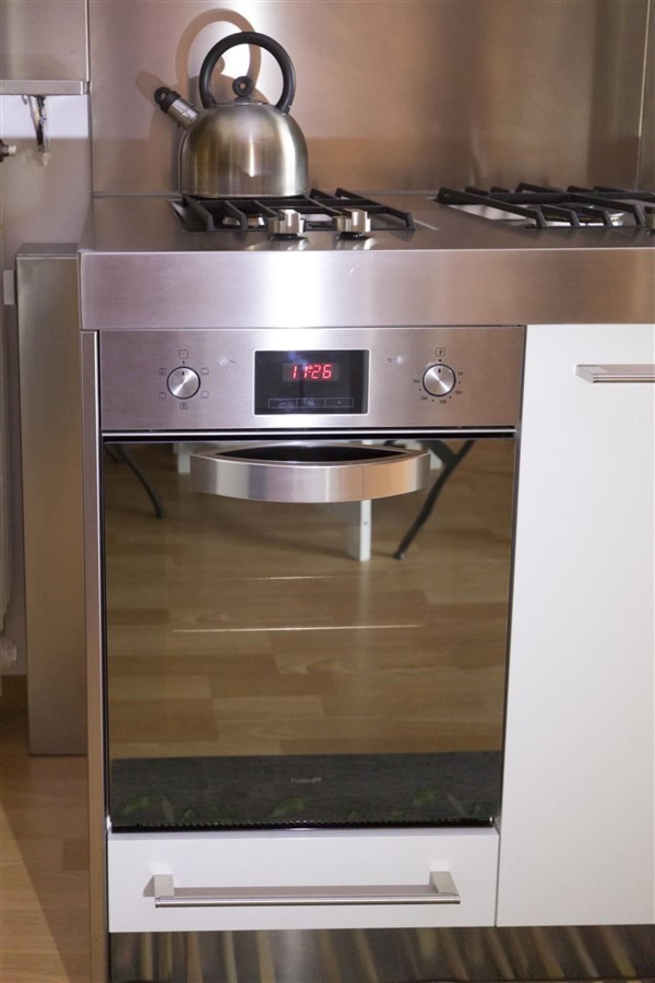 Top Cucina Inox   Top Della Cucina Quale Materiale Scegliere Per Il ...