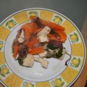Straccetti di pollo con carote e cipolle in PAP [foto]