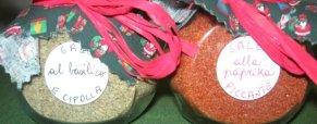 Vasetti di sale aromatizzato alle erbe: idea regalo