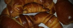 Cornetti, saccottini con farine integrali e miele