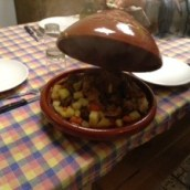 New food in casa.. Tajine manzo (halal) e verdure.