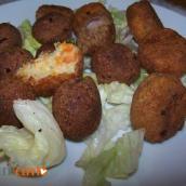 Mix di polpette di patate e fagioli rossi