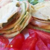 Hamburger di zucchine al prosciutto cotto e formaggio filante