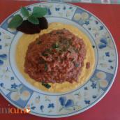 Risotto di rapa rossa con salsa allo zafferano