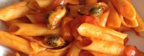 Pasta peperoni e cozze piccante
