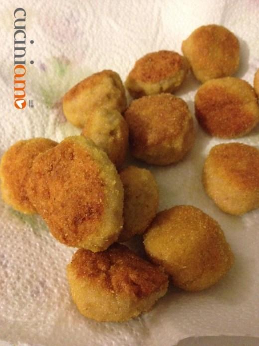 Polpette di pollo fritte