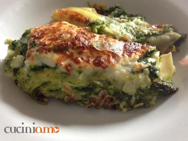 Ricette con gli asparagi: Lasagne con asparagi e coste