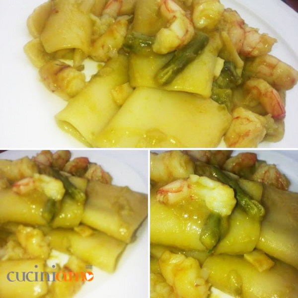 Ricette con gli asparagi: Paccheri con crema di asparagi e gamberi