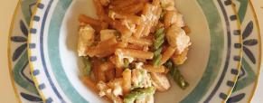Pasta bicolore con sugo di salmone, gluten free