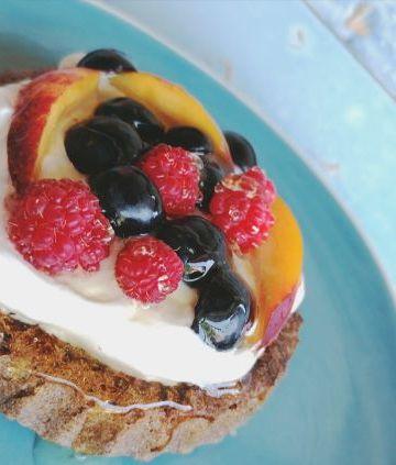 Mini prăjituri cu nuci și quinoa