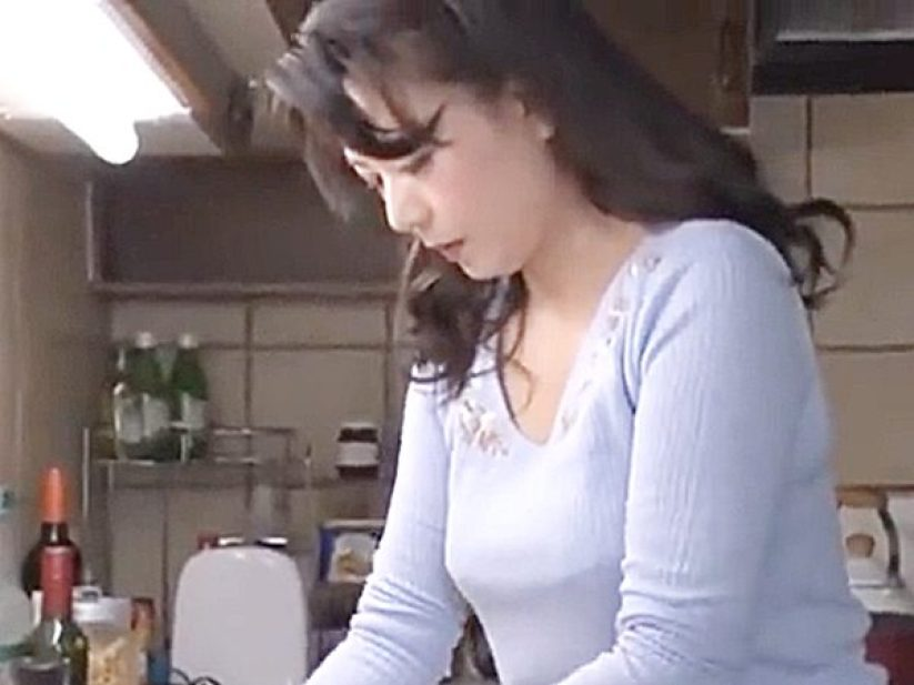 ★義母|三浦恵理子★『辛かったら手伝うからね..』娘婿との危険な関係に悩む美熟女ママ!?優しい娘の言葉に罪悪感を感じます