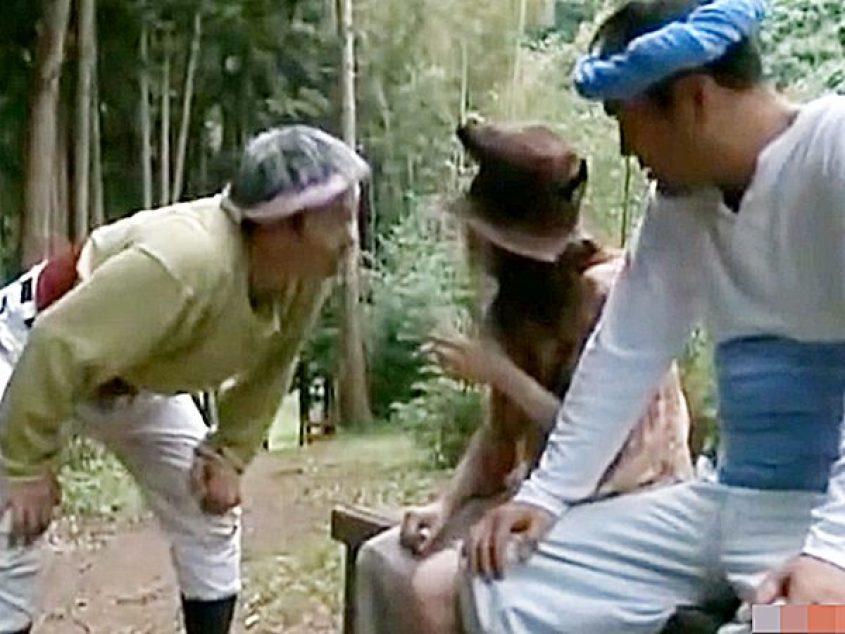 ☆エロドラマ|痴女☆フェラなら千円、ハメは三千円のホームレス女。絶品おしゃぶりとエロい体を求めて2人の男がやって来ました