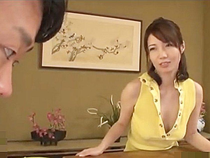 ◆エロドラマ 叔母・清城ゆき◆『そんなに私の身体が気になるの..♡』欲求不満な美人奥様。。甥を挑発シちゃいますョ..