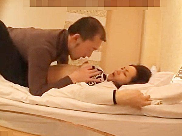 ☆素人夫婦|寝取り企画☆『あっあっ、あぁぁ~♡』セックスレスで欲求不満な奥様。。AV男優に抱かれる姿はエロいョ..