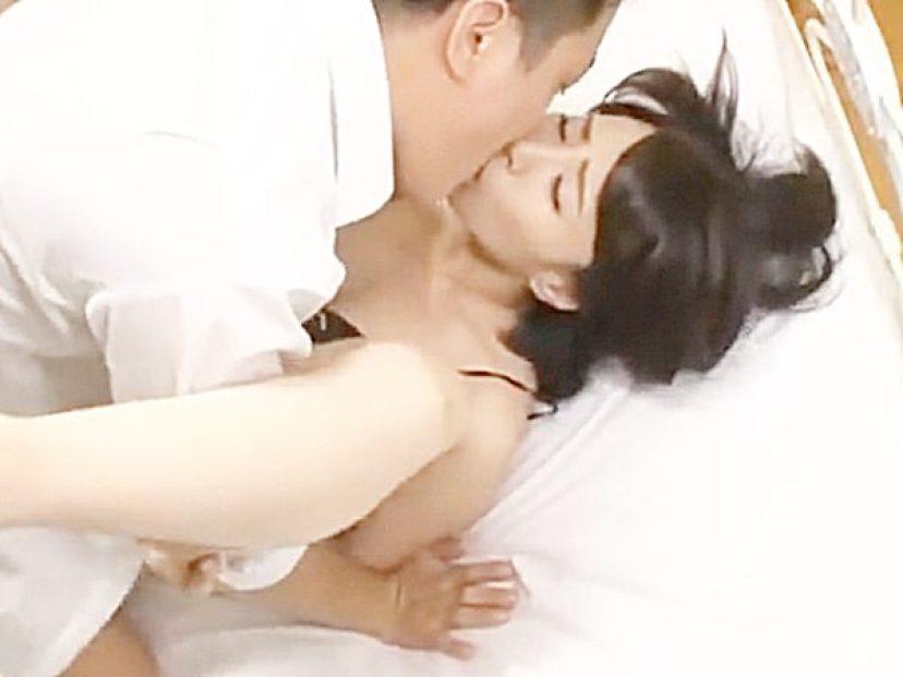 ☆美熟女・寝取り|谷原希美☆『あんッ!アッアッ、アッあぁぁーッ..♡』若者チンポにピストンされて敏感に反応する美女ですョ