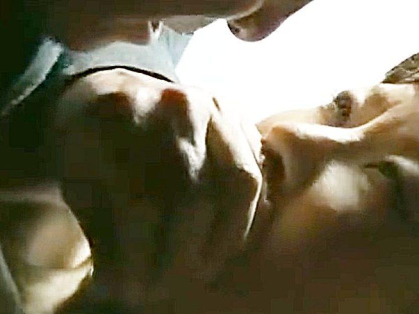 ◇ヘンリー塚本|未亡人・婦女暴行◇『騒ぐなっ!声を出したら首を絞める..』寝込みを襲われる色白熟女!?感じちゃったネ..