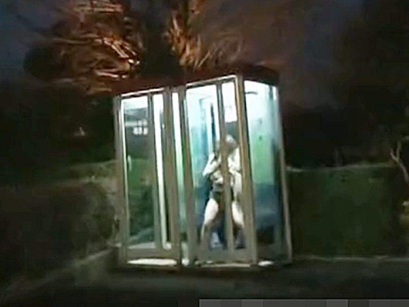 ☆痴漢・電話ボックス|野外露出・凌辱☆『ハァハァ、、あッあぁぁ..』鬼畜に襲われ犯される美人お姉さん。。大量お漏らしデス