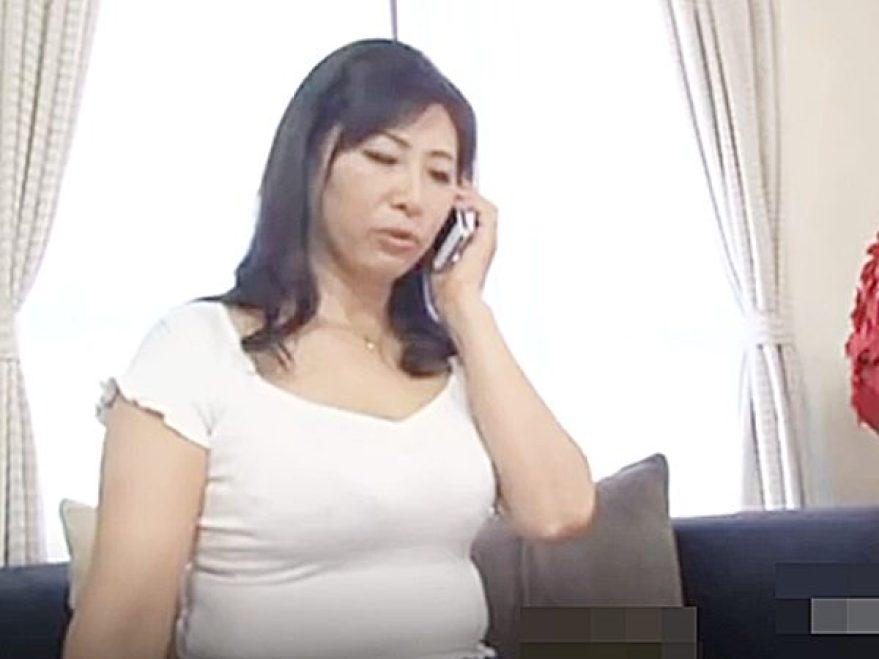 ◇エロドラマ|閉経母◇『アレ、なくなった、みたいなの..』友達に電話で悩み相談!?避妊なしセックスでパコパコのスケベ奥様